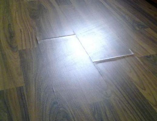 Как устранить вздутие ламината в комнате